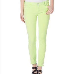 Kensie Jeans skinny stretch pants neon lime green